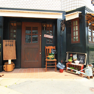 「 CAFE 39」